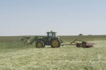 /ext/galleries/keeping-busy-with-cover-crops/full/Dan-DeSutter-7.jpg