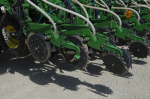 /ext/galleries/no-tillers-share-their-planters-setups/full/Image-8.jpg