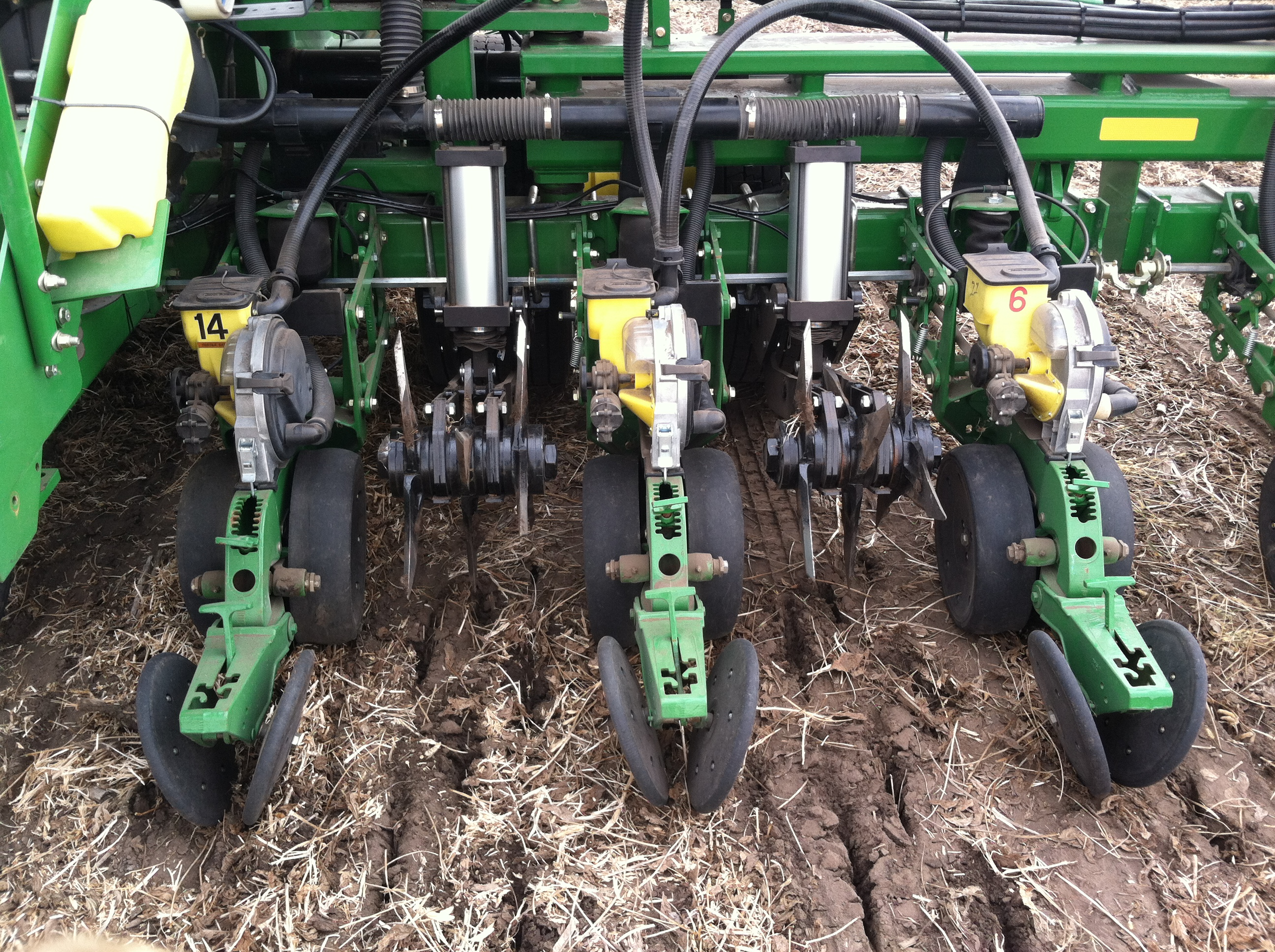 Planter Drill Attachments Product Roundup 2015 Strip Till Farmer Case Wiring Diagram Tracktill From Agriculture Concepts