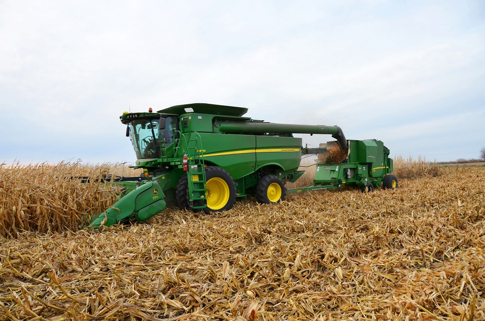 Hillco and John Deere Single Pass Round Bale System