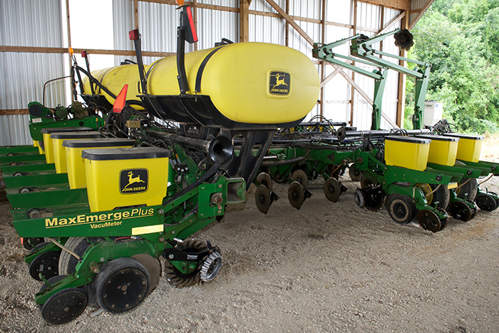 Ag systems strip till unit