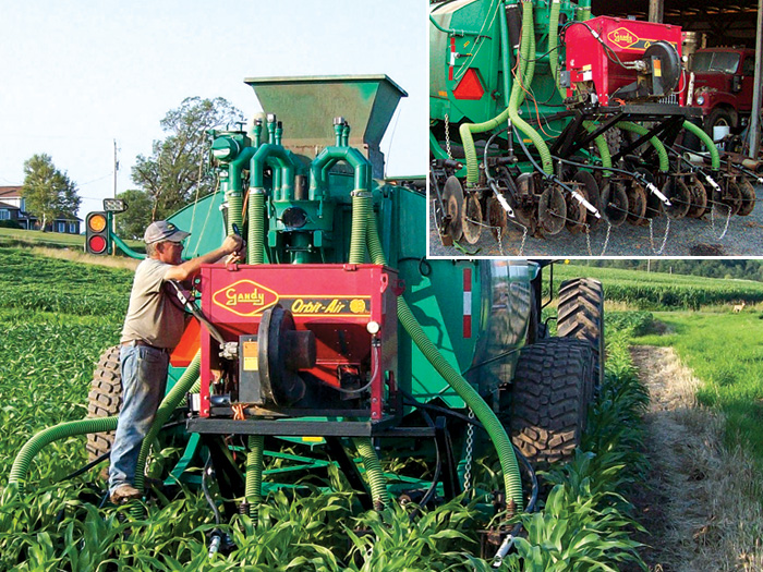 Machine Seeds Cover Crops, Injects Hog Manure in One Pass | No-Till