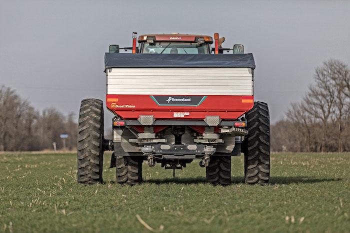 Great Plains Mfg. Exacta TL GEOspread 3900 Fertilizer Spreader_0519 copy